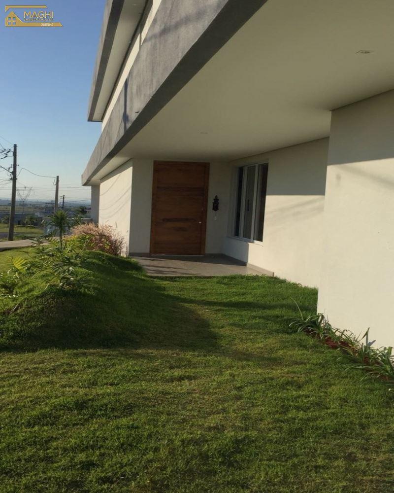 Casa Alto Padrão com 04 Suítes no Condomínio Xapada Itu